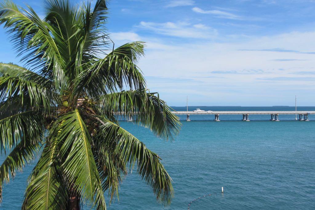 Florida Keys Sehenswürdigkeiten Miami nach Key West Brücke